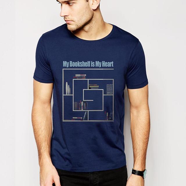 muž, modré tričko