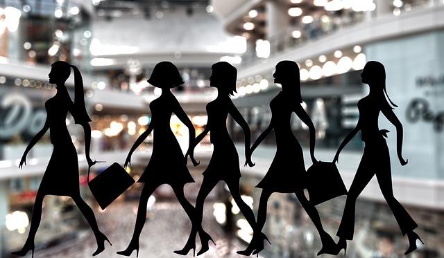 siluety nakupujících žen.jpg